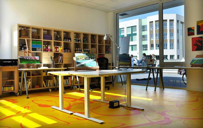 Atelier d'art au Centre Polyvalent Spazio Vita, l'Hôpital Niguarda, Milan (Italie)