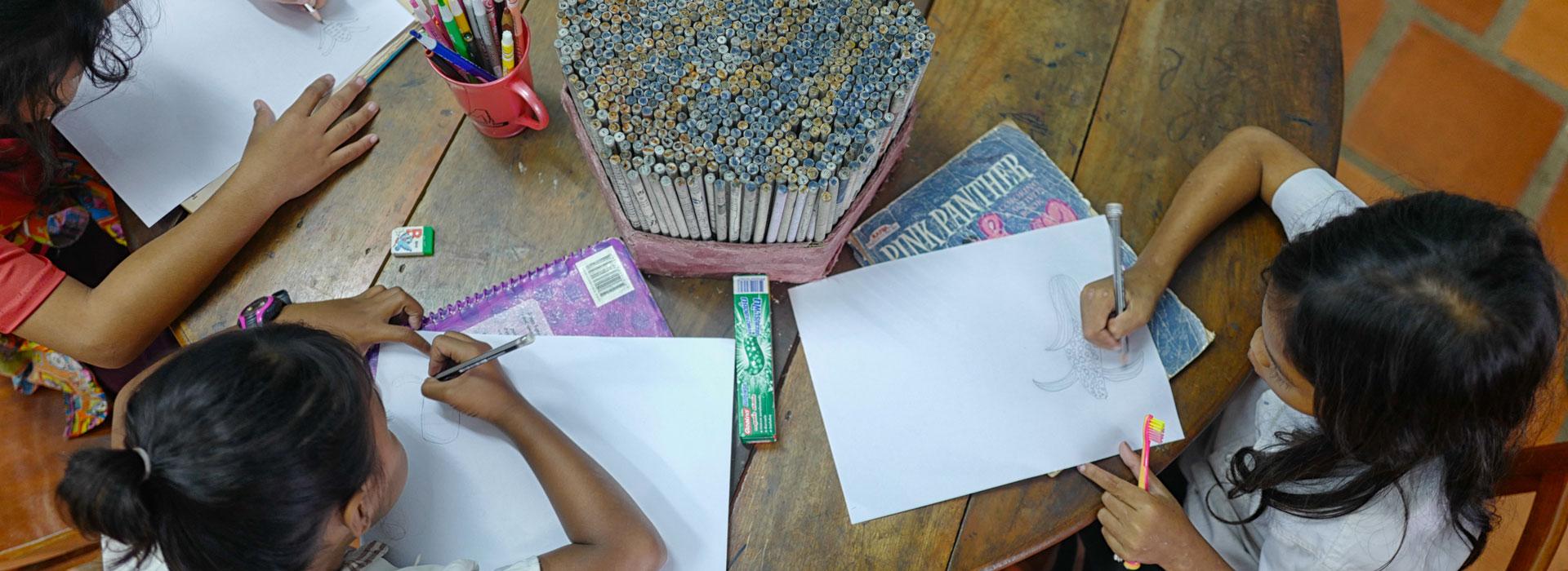 ARTE PER BAMBINI E GIOVANI VULNERABILI IN CAMBOGIA