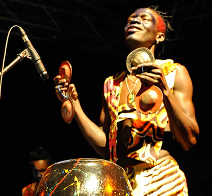 slum-drummers-african-circus-arts-festival-2015-adriano-marzi-54